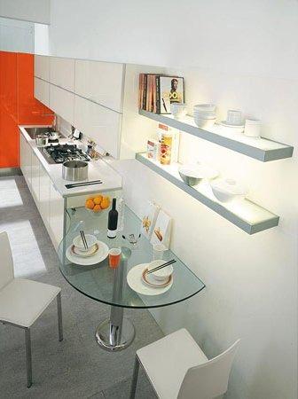 pareti attrezzate cucina: punti di appoggio, spazi contenitivi